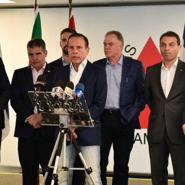 Falta de diálogo com Bolsonaro mobiliza ações conjuntas de 20 dos 27 governadores, inclusive rivais na corrida pelo Planalto