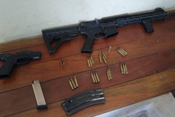 Policiais balearam dois suspeitos durante operação no Complexo da Alma
