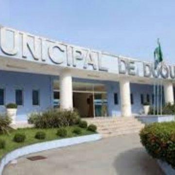 Duque de Caxias quita pagamento de março dos servidores municipais