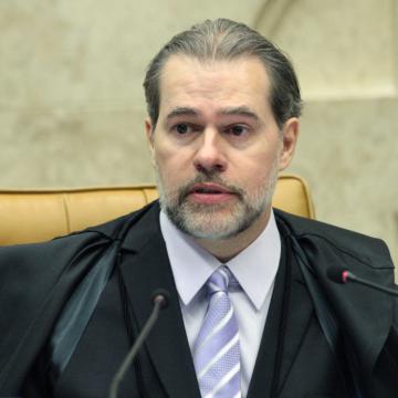 Atacar instituições é 'nefasto', diz Toffoli em reunião com entidades civis