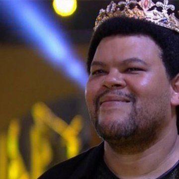Babu pede e Flamengo convida ator a conhecer o Ninho do Urubu