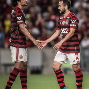 Qual o impacto financeiro da crise? No Flamengo, Ribeiro e Arão apostam em gestão para proteger o bolso