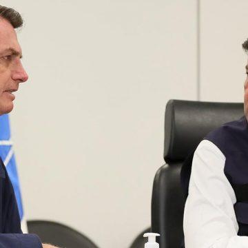 'A gente está se bicando há algum tempo', diz Bolsonaro sobre ministro Mandetta