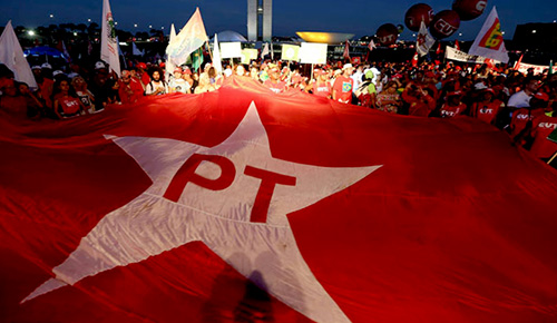Procuradoria eleitoral aceita processo para extinguir o PT