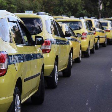 Prefeitura amplia prazo para taxistas darem entrada na autonomia devido ao coronavírus no Rio
