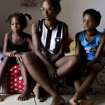 Mulheres chefes de família não conseguem receber auxílio-emergencial de R$ 1.200