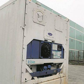 Hospital reserva contêiner para armazenar corpos de vítimas de Covid-19