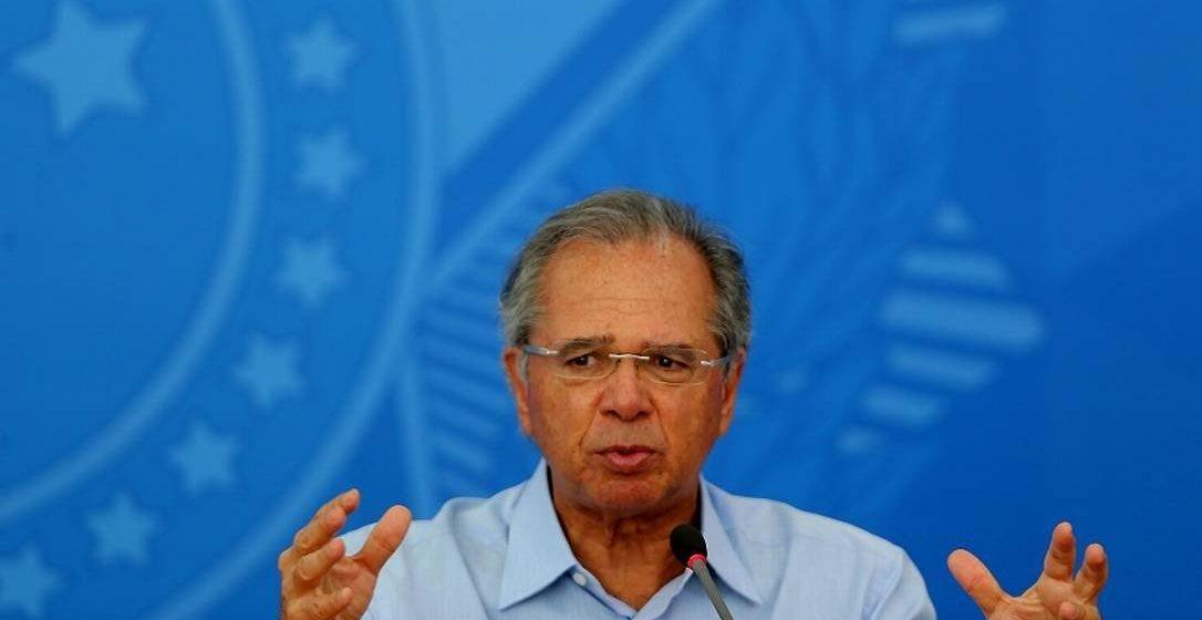 Guedes admite que governo pode emitir moeda para financiar custos da crise