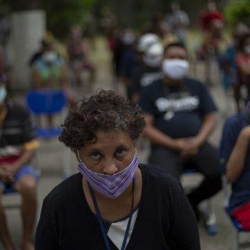 Governos precisam ter mensagem coerente no combate à pandemia, diz OMS