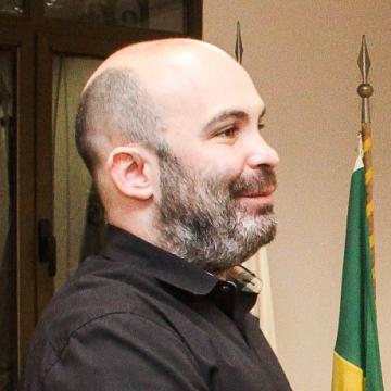 Ex-subsecretário de Saúde do Rio de Janeiro é preso por suspeita de fraude na compra de respiradores