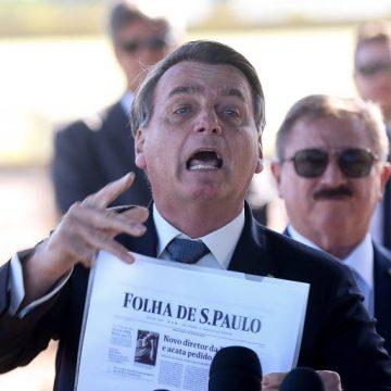 Bolsonaro nega agressões em atos pró-governo e grita 'cala a boca' para repórteres