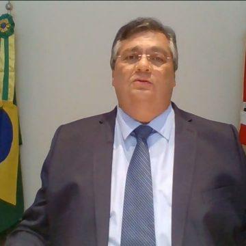 'Se não concorda com medidas preventivas, não atrapalhe', diz Dino a Bolsonaro