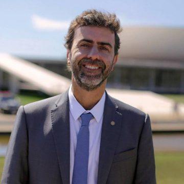 Marcelo Freixo desiste de concorrer à Prefeitura do Rio