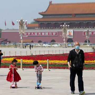 COVID-19: China registra um novo caso em 24h; não há mortes pelo 4º dia seguido