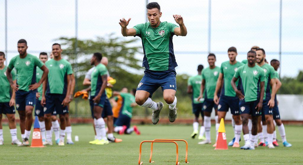 Fluminense inicia semana com volta de quarteto emprestado e define situação de cada um