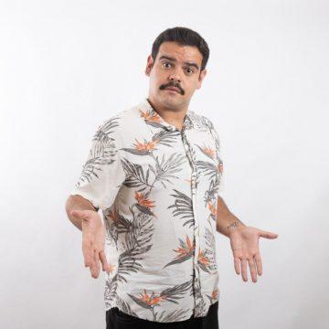 Cezar Maracujá faz live com formato 'Stand Up Comedy'