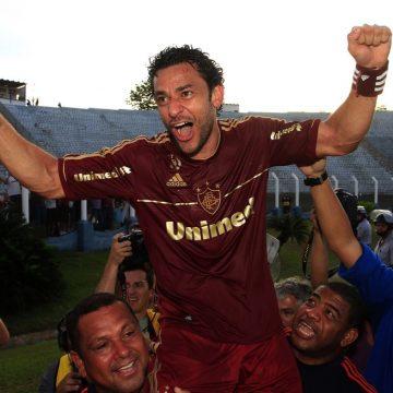 """Fred é convidado especial da transmissão do """"jogo do tetra"""" do Fluminense na TV Globo, neste domingo"""