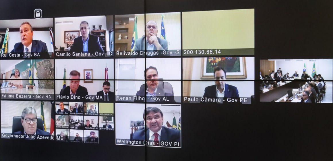 Em reunião com governadores, Bolsonaro diz que deve sancionar nesta quinta ajuda aos estados
