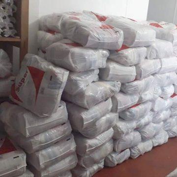 Prefeitura de Mangaratiba-RJ entrega cestas básicas nos CRAS