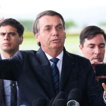 Bolsonaro faz 'apelo' para governadores reverem política de isolamento e diz que está 'pronto para conversar'