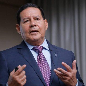 Em crítica ao STF, Mourão diz que escolha de auxiliares e decisões sobre política externa são atribuições de Bolsonaro