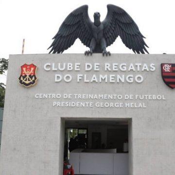 Flamengo convoca funcionários do futebol para nova leva de exames de Covid-19 no Ninho do Urubu