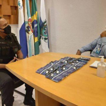 Policiais de Duque de Caxias recebem doação de 800 máscaras da Fundec