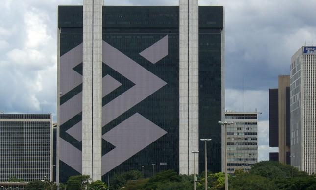 TCU suspende propaganda do Banco do Brasil em sites acusados de fake news
