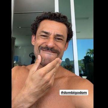 """""""Dom Bigodón"""": Fred muda visual para assistir reprise do tetra do Fluminense na TV Globo e convoca tricolores"""