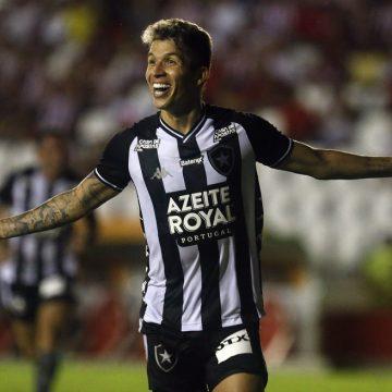Destaque do Botafogo em 2020, Bruno Nazário foca em treinos à distância para voltar em alta