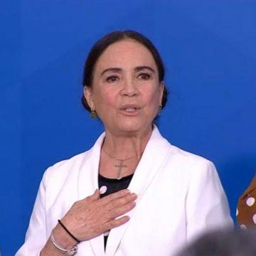 Bolsonaro se reúne com Regina Duarte e ministro do Turismo nesta quarta (6)