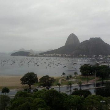 Rio tem domingo de tempo instável
