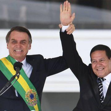"""Barroso diz que vai pautar cassação da chapa Bolsonaro e Mourão """"nas próximas semanas"""""""