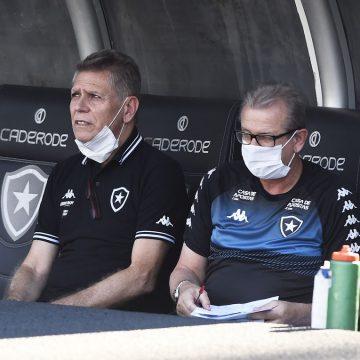 STJD aceita pedido do Botafogo e libera Paulo Autuori para jogo contra a Cabofriense