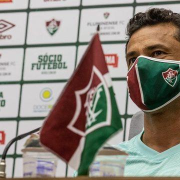 """Em 1ª coletiva, Fred revela quase aposentadoria e euforia por """"novo Fluminense"""": """"Muito empolgado"""""""
