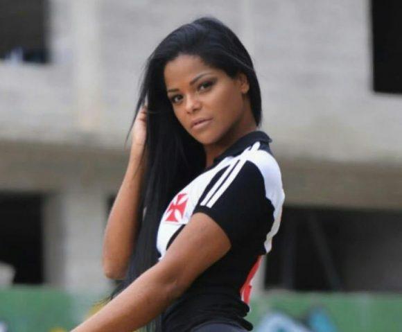 A GATA DO POVO: Kelly Aguilar,  musa do Vascão