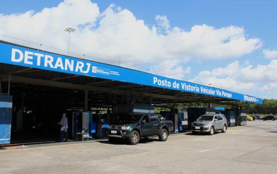 Taxa de regularização de veículo do Detran-RJ é motivo de reclamação de motoristas