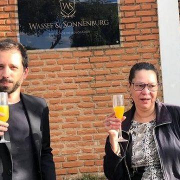 Ativista antecipou paradeiro de Queiroz após ter informação da filha de Olavo de Carvalho