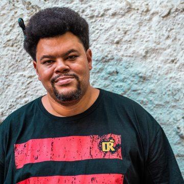 Babu relembra racismo sofrido de ex-patroa: 'Por que você quer ser ator se é preto, pobre?'