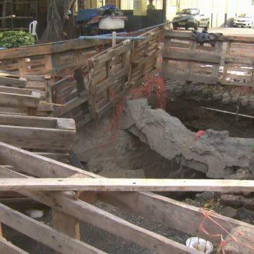 Moradores da Zona Norte do Rio reclamam de cratera aberta na rua