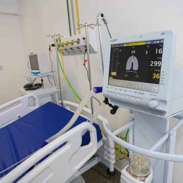 MPRJ e Receita Federal apreendem 97 respiradores no Galeão