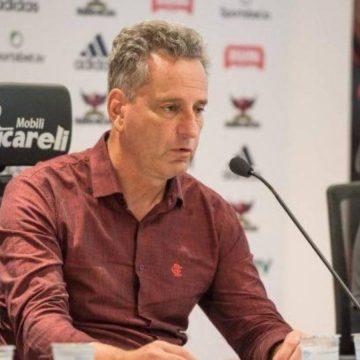 """Patrocinador master do Flamengo: Landim diz ter ofertas na mesa e afirma: """"Vão ter surpresa"""""""