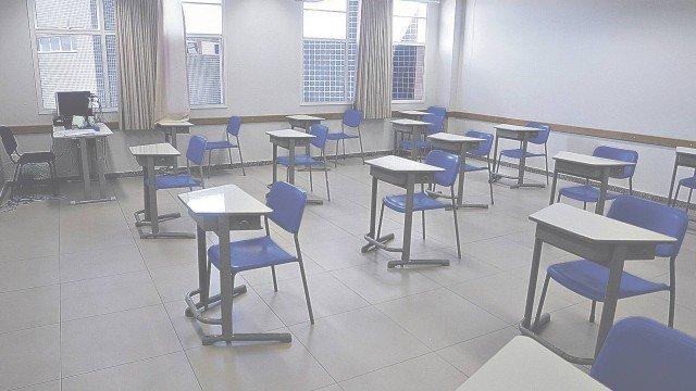 Escolas do Rio terão aulas híbridas e sistema de rodízio entre alunos