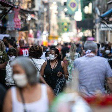Reabertura de lojas no Rio leva cariocas às ruas, mas movimento é abaixo do esperado por comerciantes