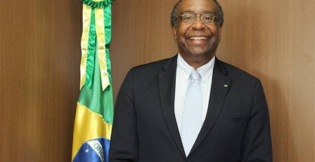 'Não tenho nem preparação para fazer discussão ideológica, minha função é técnica', diz novo ministro da Educação