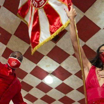 Escolas de samba do Rio discutem o possível adiamento do carnaval