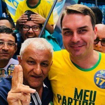 Além de Atibaia, Queiroz esteve em Saquarema com ajuda de bolsonaristas