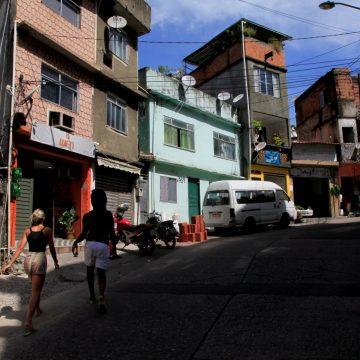 RJ tem 1,4 mil favelas dominadas por criminosos, aponta relatório