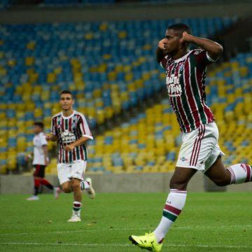 Atacante Patrick Carvalho retorna de empréstimo de clube árabe e integrará Sub-23 do Fluminense