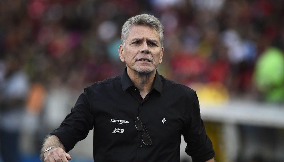 """Autuori garante time interessante no Brasileirão e analisa Botafogo com Kalou: """"Jogador criativo"""""""